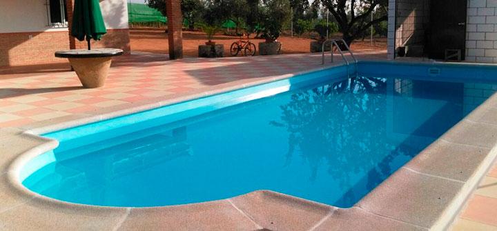 Piscinas de poliester ofertas en piscinas prefabricadas for Piscinas plasticas grandes